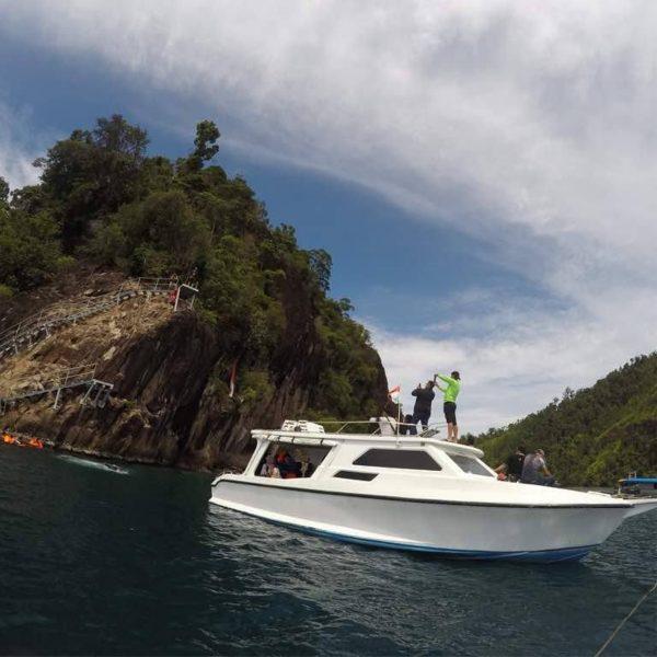 One Day Trip Wisata Pulau Sumbar – Explore Kawasan Taman Laut Mandeh