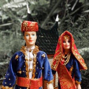 Souvenir Boneka Minang yang Cantik