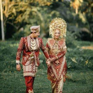 baju pengantin minang