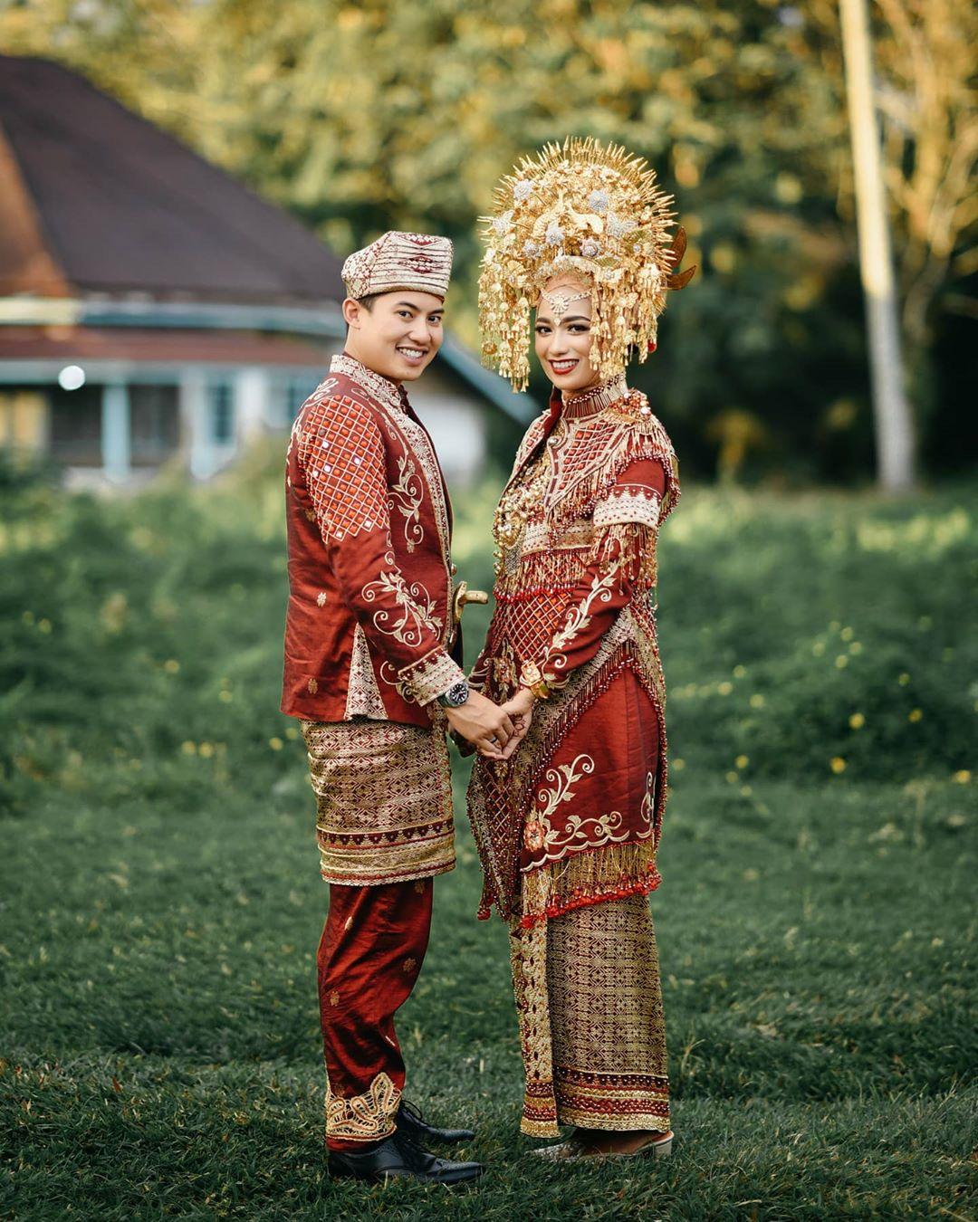 Baju Pengantin Minang Modern dan Islami Terbaik di Padang