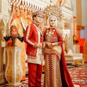 baju pengantin adat minangkabau