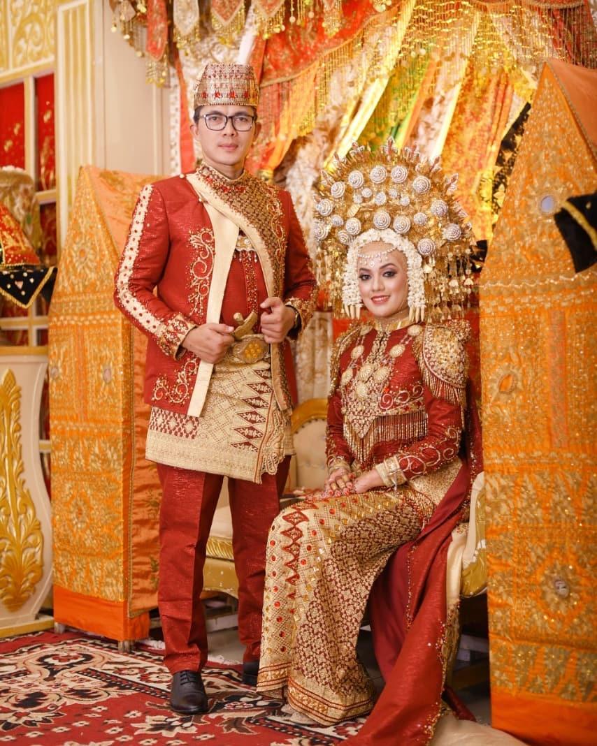 baju pengantin adat minangkabau2